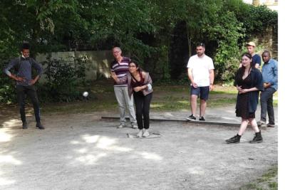 Session de dé pétanque organisée par Nantes'Renoue pour la semaine de la cohabitation intergénérationnelle